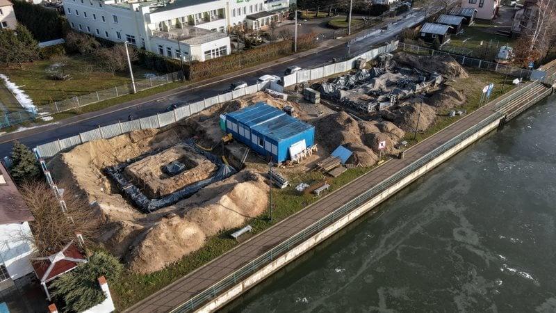 Rozpoczęła się budowa przystani żeglarskiej w Sobieszewie.